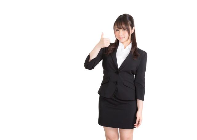いいね!したくなるスーツ姿のビジネスガールの写真
