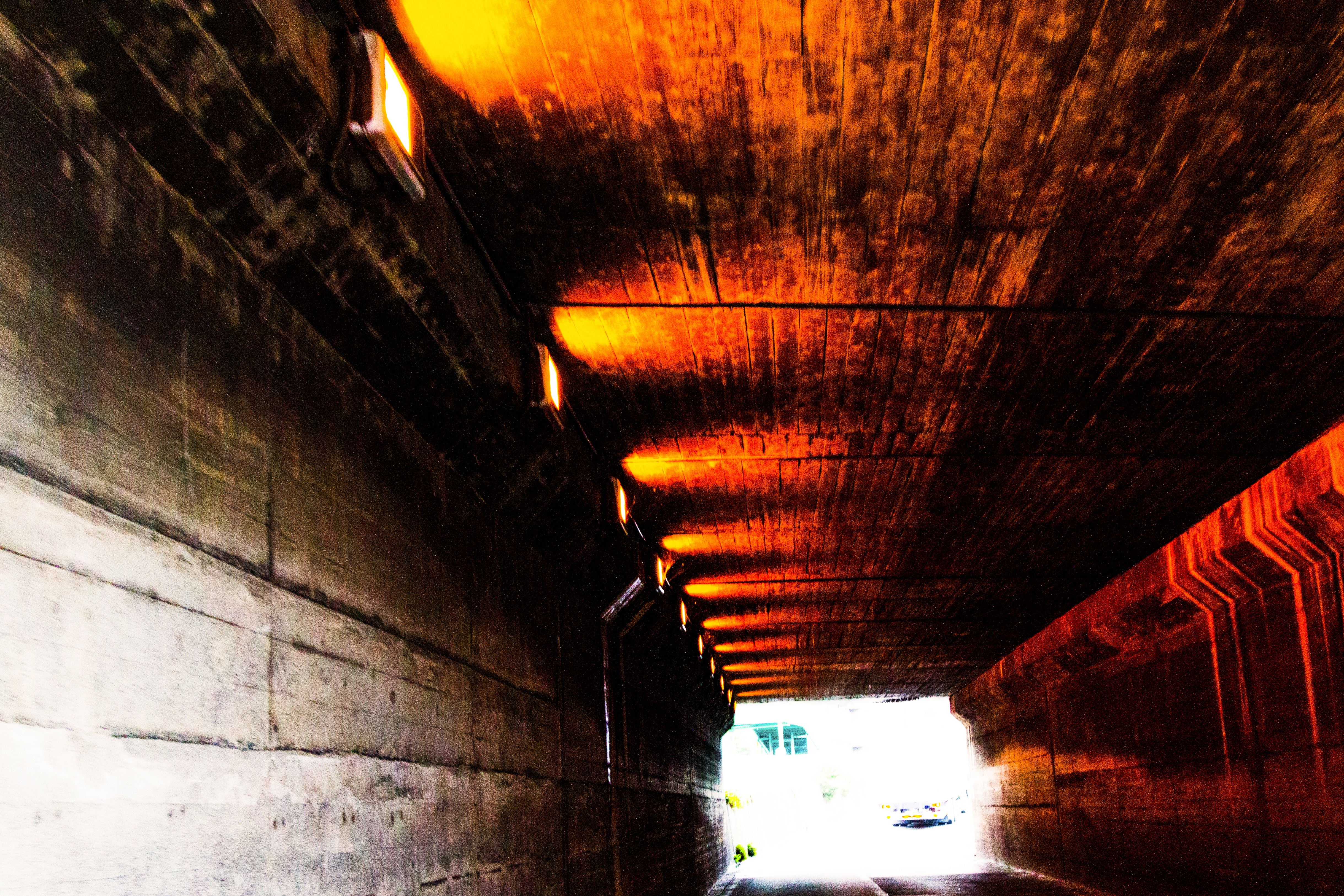 老朽化したトンネルの写真素材