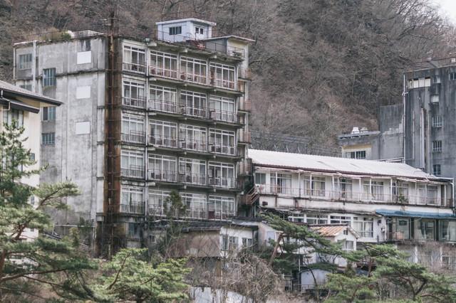 鬼怒川の廃旅館の写真