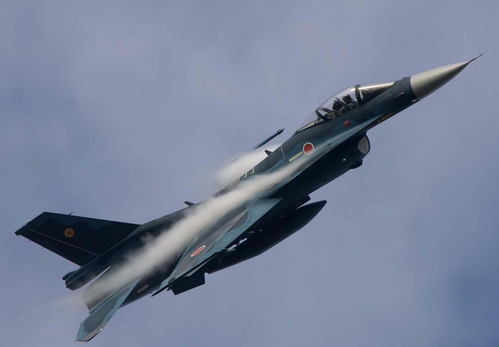 「6SQ F-2A戦闘機」の写真