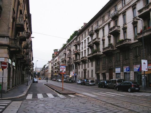 ミラノの通りと街並み(イタリア)の写真