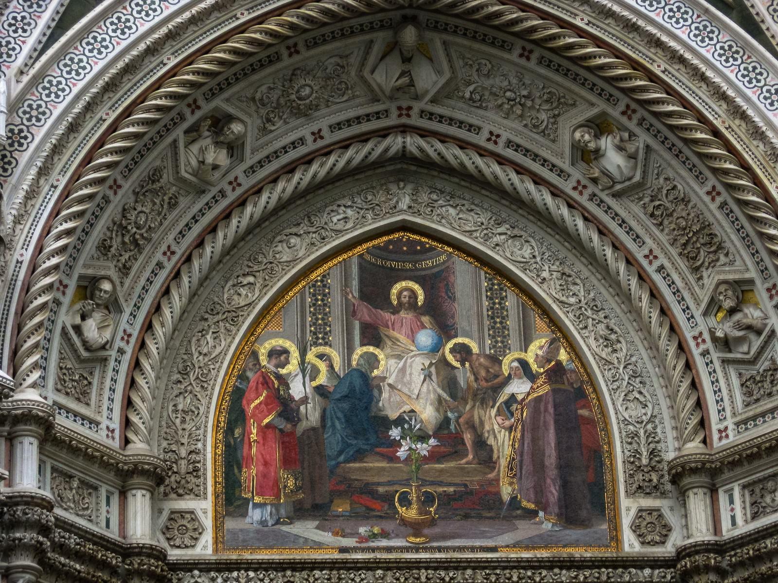 「サンタ マリア デル フィオーレ大聖堂の宗教画(イタリア)」の写真