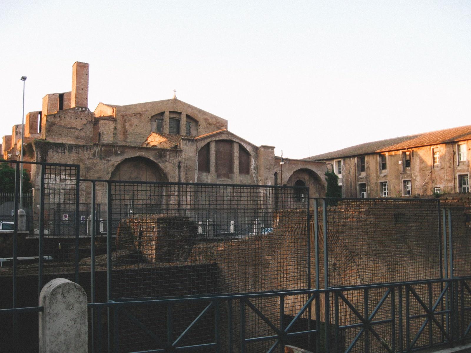 「ローマの教会(イタリア)」の写真