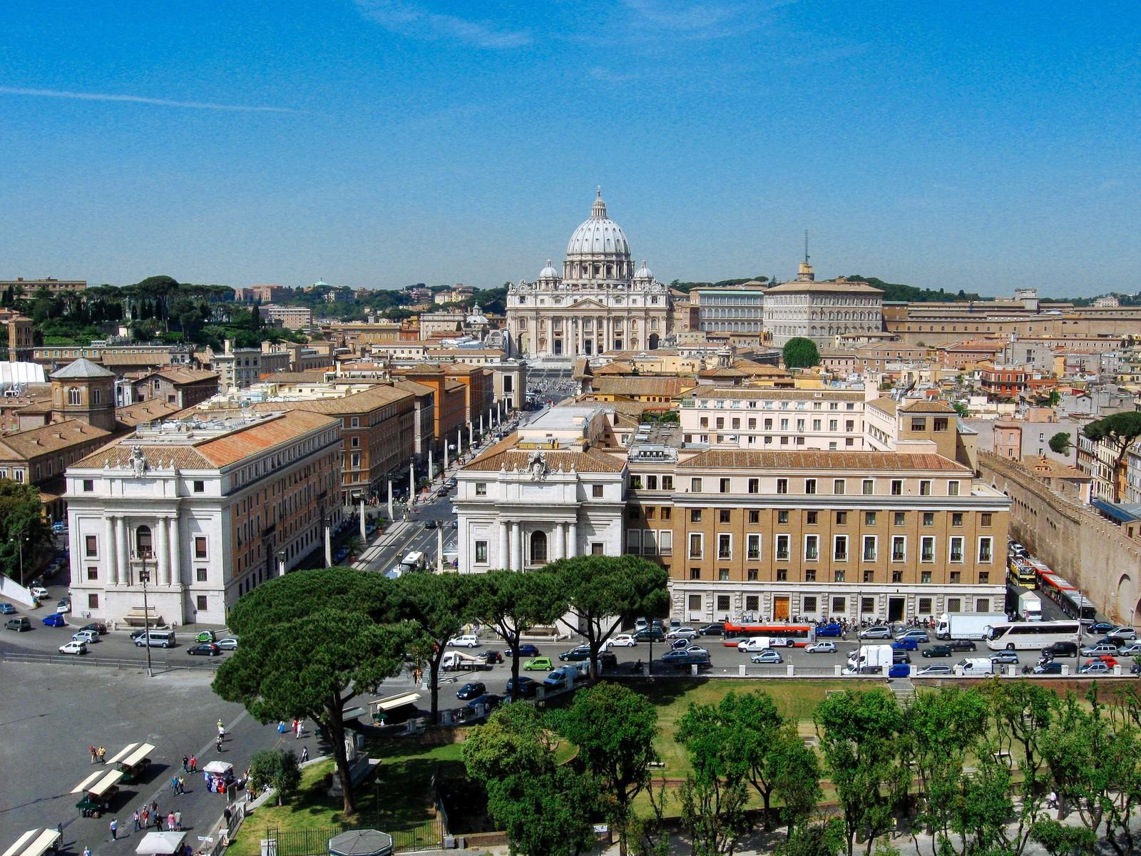 「ヴァチカン市国の街並み(ローマ)」の写真