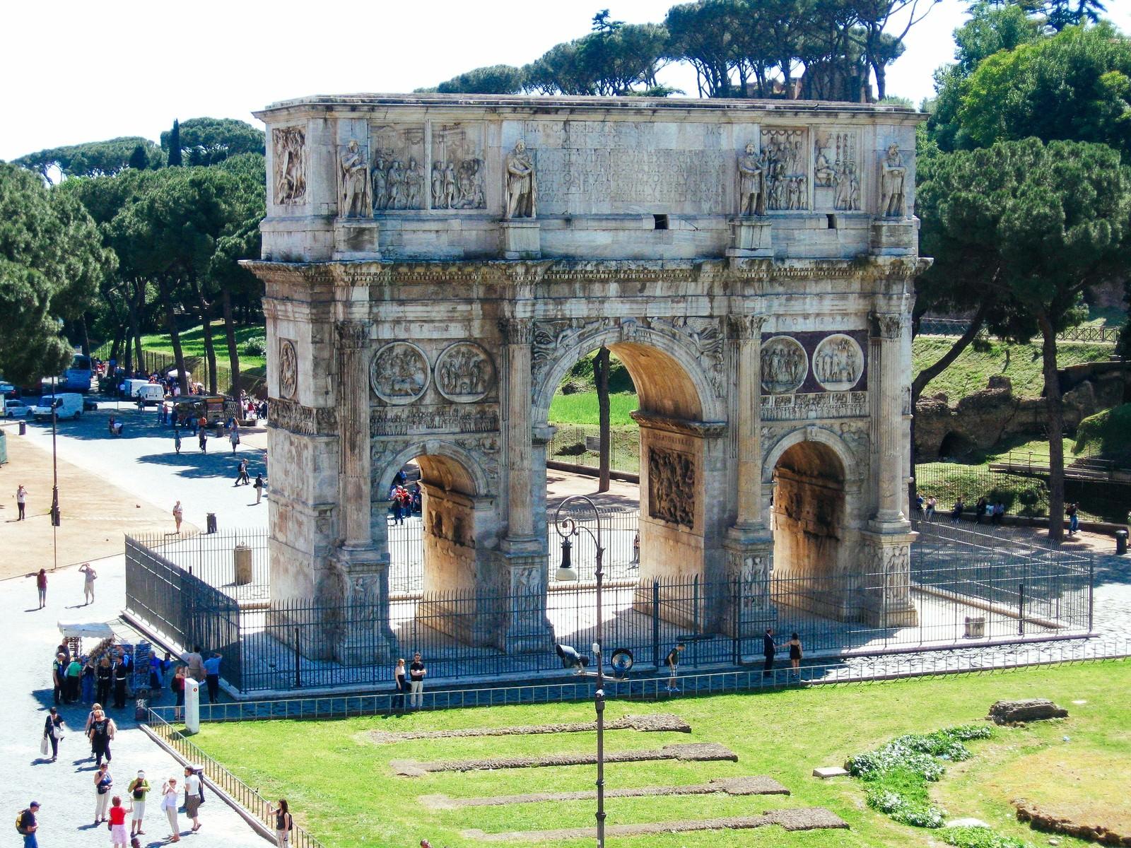 「凱旋門(イタリア)」の写真