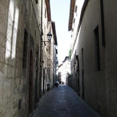オルヴィエートの路地裏(イタリア)の写真