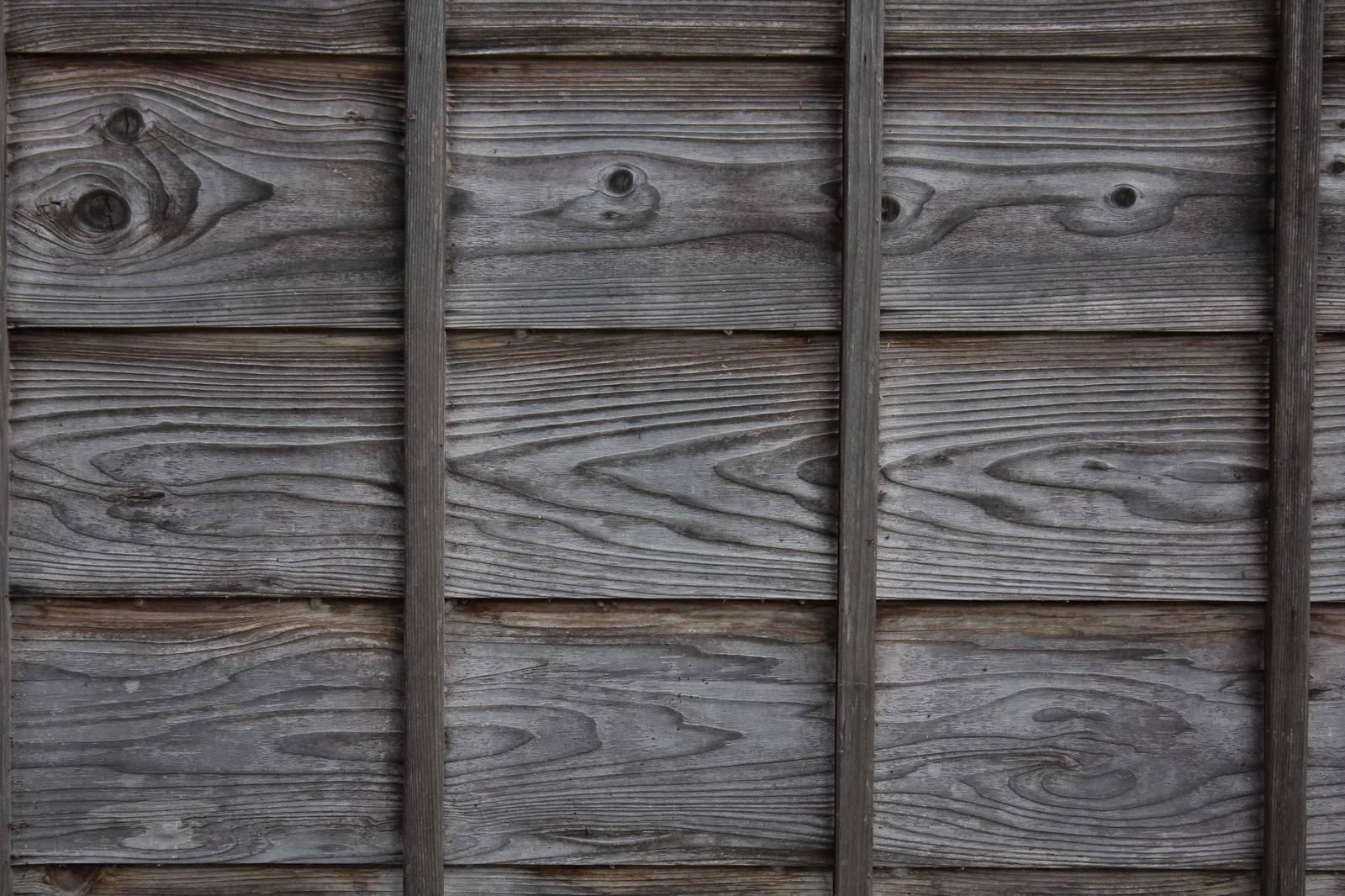 「古民家の外壁の壁(木造)」の写真
