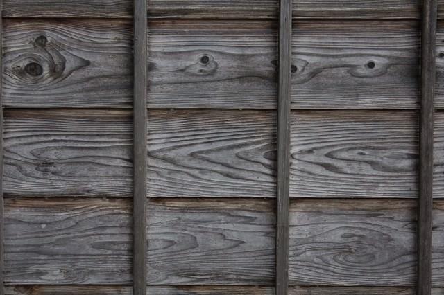 古民家の外壁の壁(木造)の写真