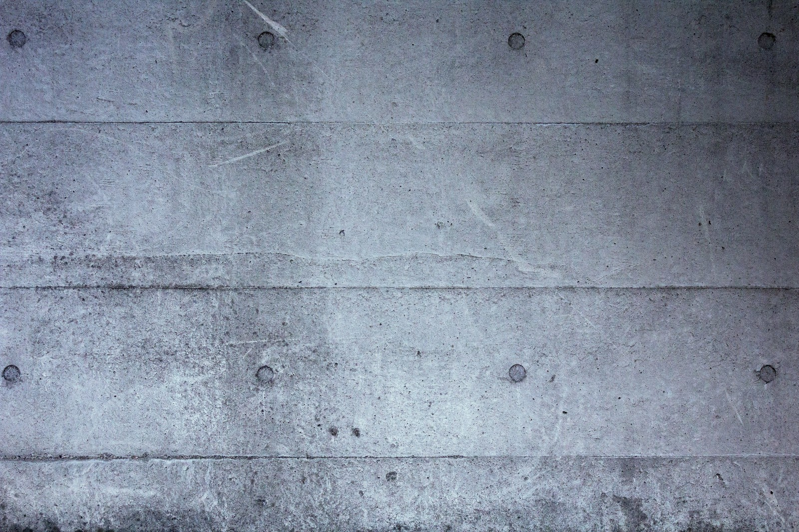 「冷たいコンクリートの壁(テクスチャー)」の写真