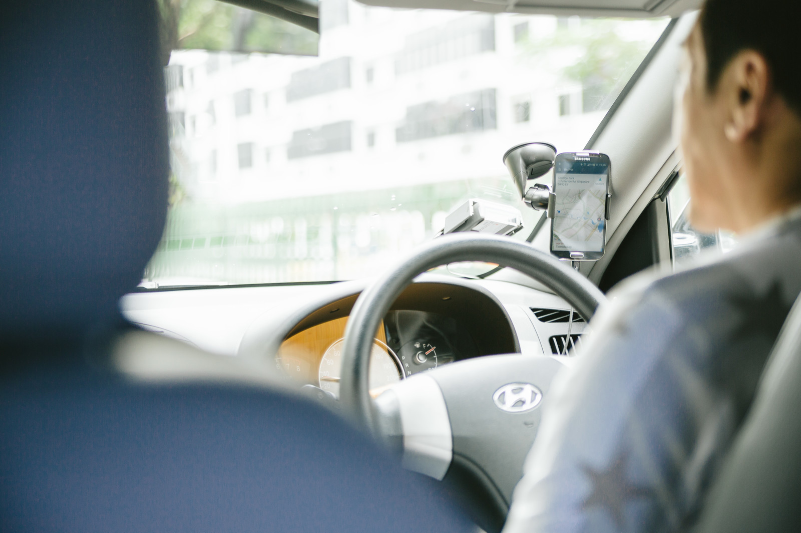 「タクシーの配車サービスを利用する」の写真
