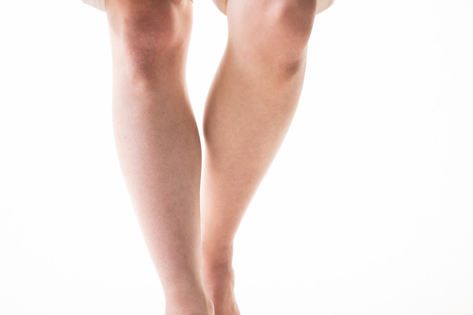 「足のすね毛を0.1mmにカット(メンズ)」の写真