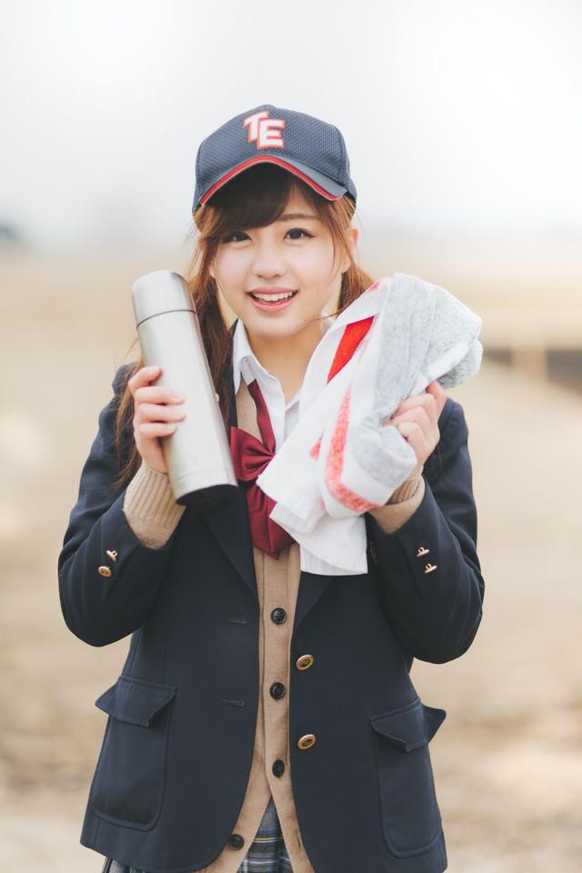 部活の後、憧れの女子マネージャーに「お疲れ様♪」と水筒タオルを渡されて俺はもぅ・・の写真