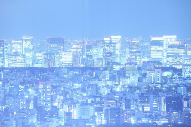 輝く光を放つ東京夜景の写真