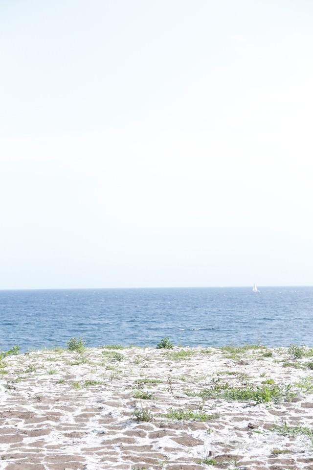 誰もいない海の写真