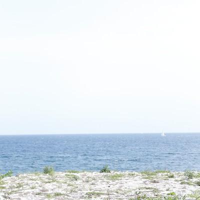 「誰もいない海」の写真素材