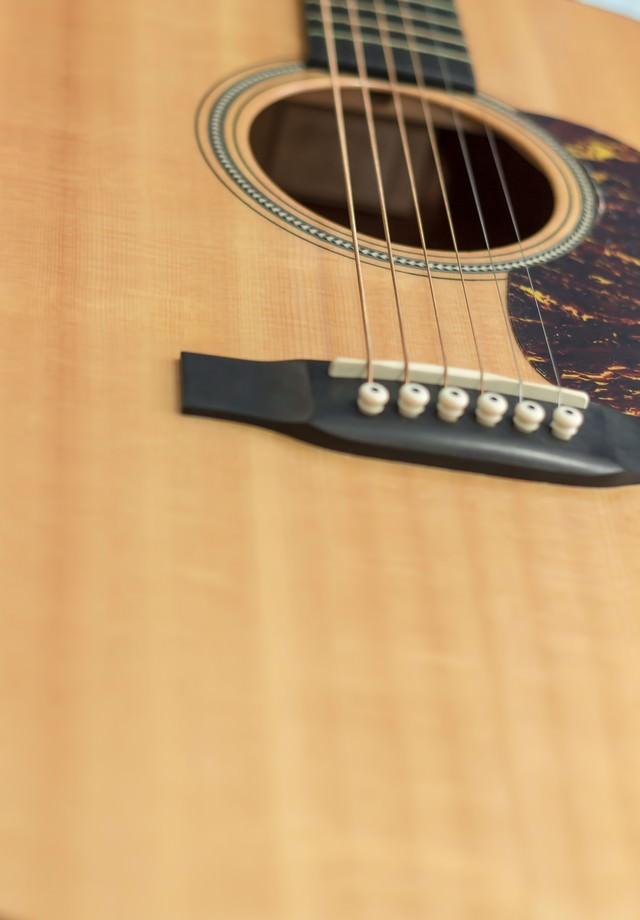 アコースティックギターの写真
