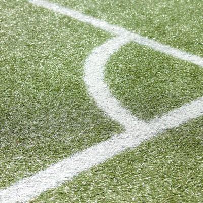 「チャンスが生まれるコーナーキック・サッカー」の写真素材