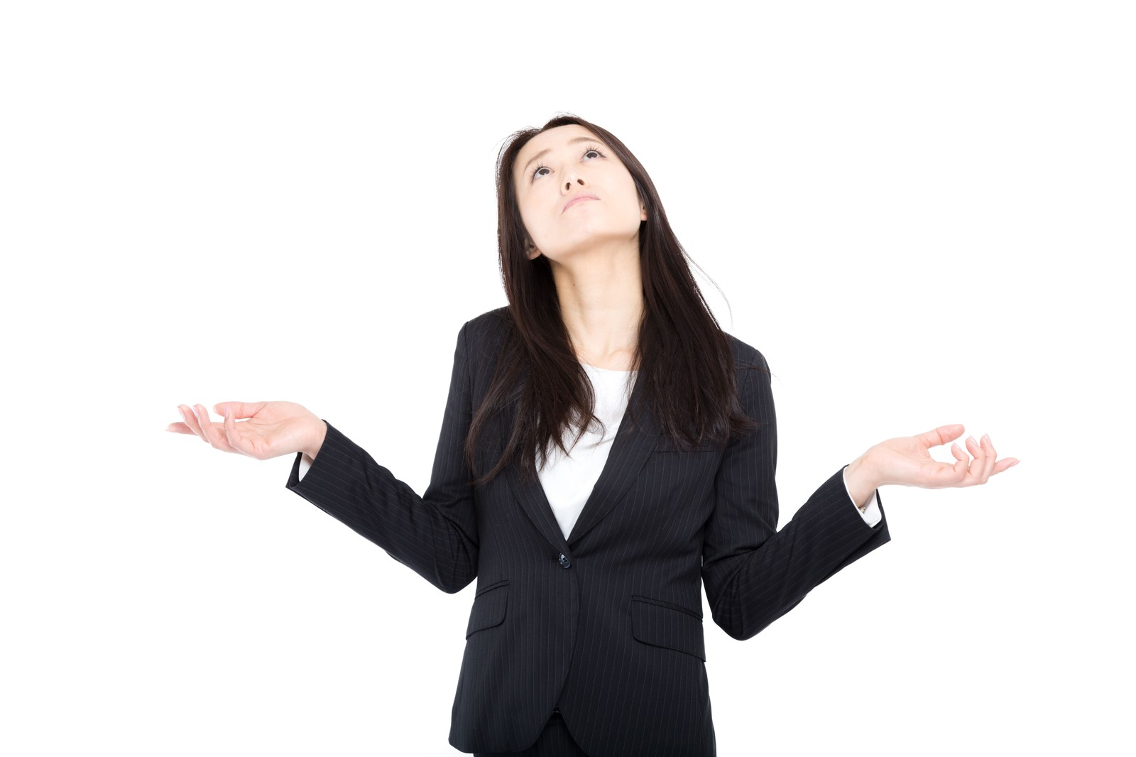 「会社にうんざりする女性管理職」の写真[モデル:土本寛子]