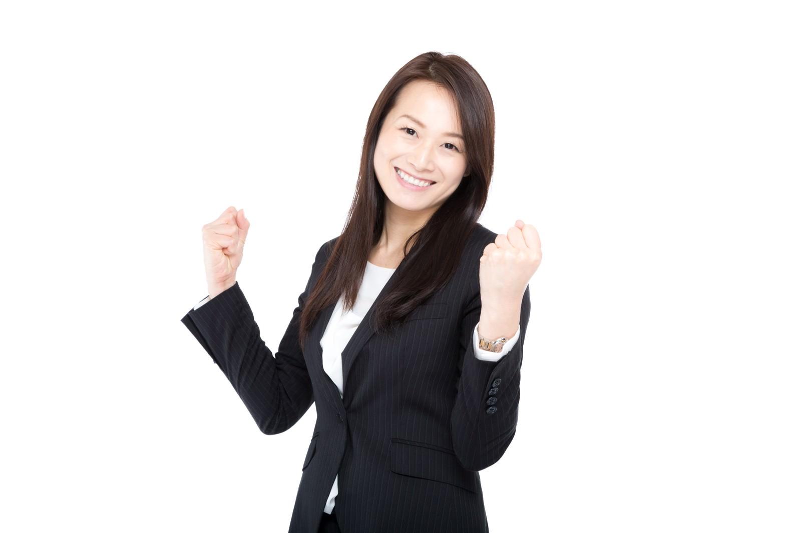 「新入社員にエールを贈る女上司」の写真[モデル:土本寛子]