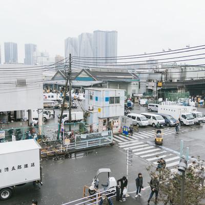 築地市場入り口の写真