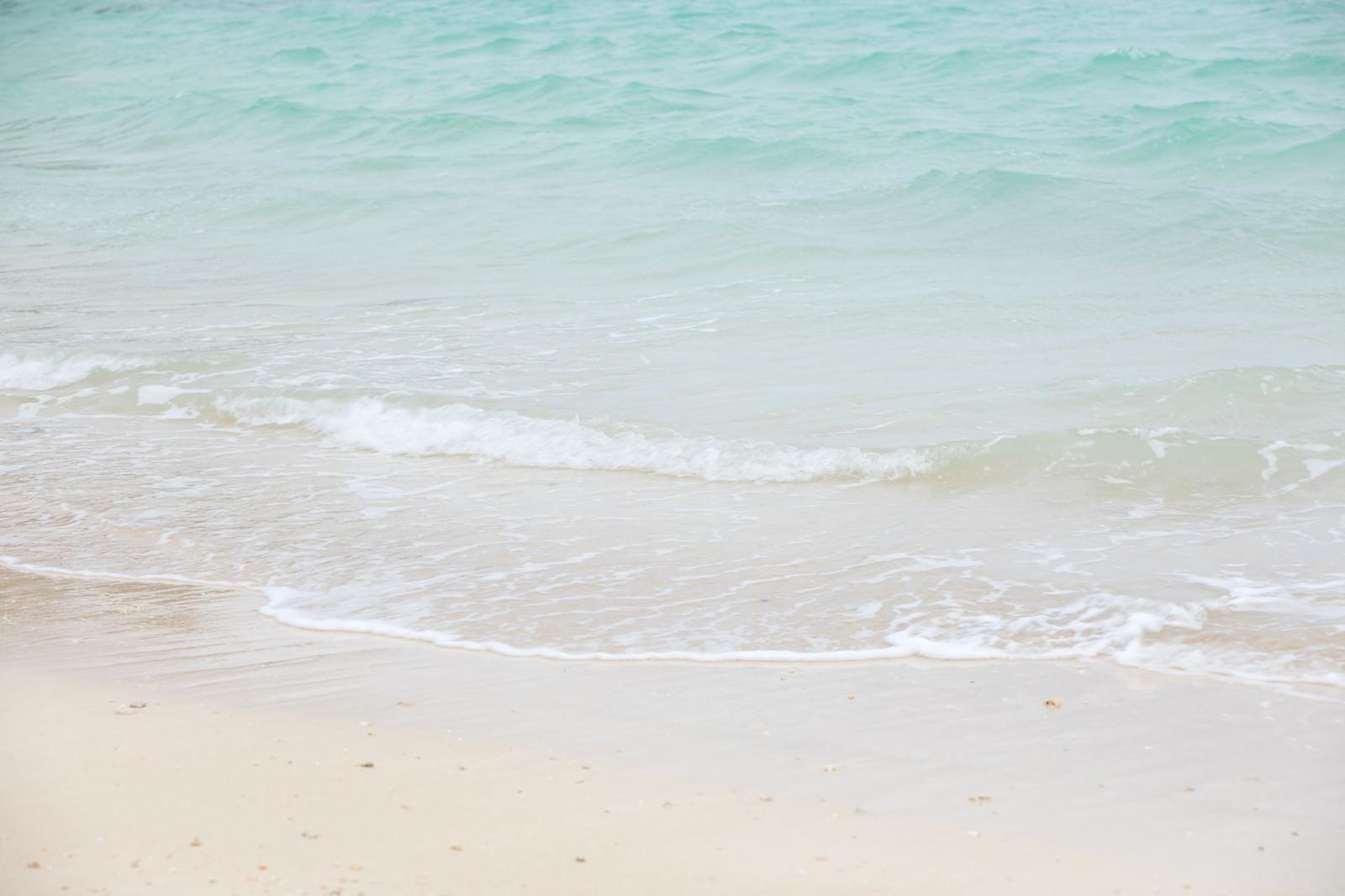 「宮古島のエメラルドグリーンの海」の写真