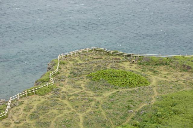東平安名崎灯台からの風景の写真