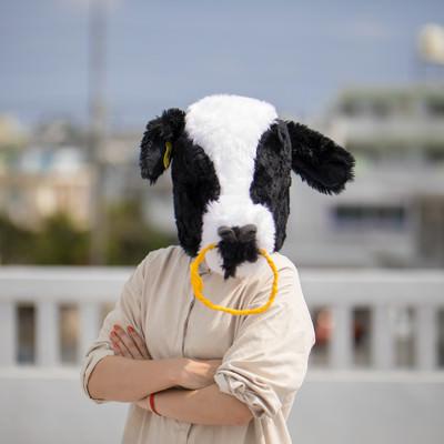 屋上に呼び出し説教をはじめるエト牛の写真