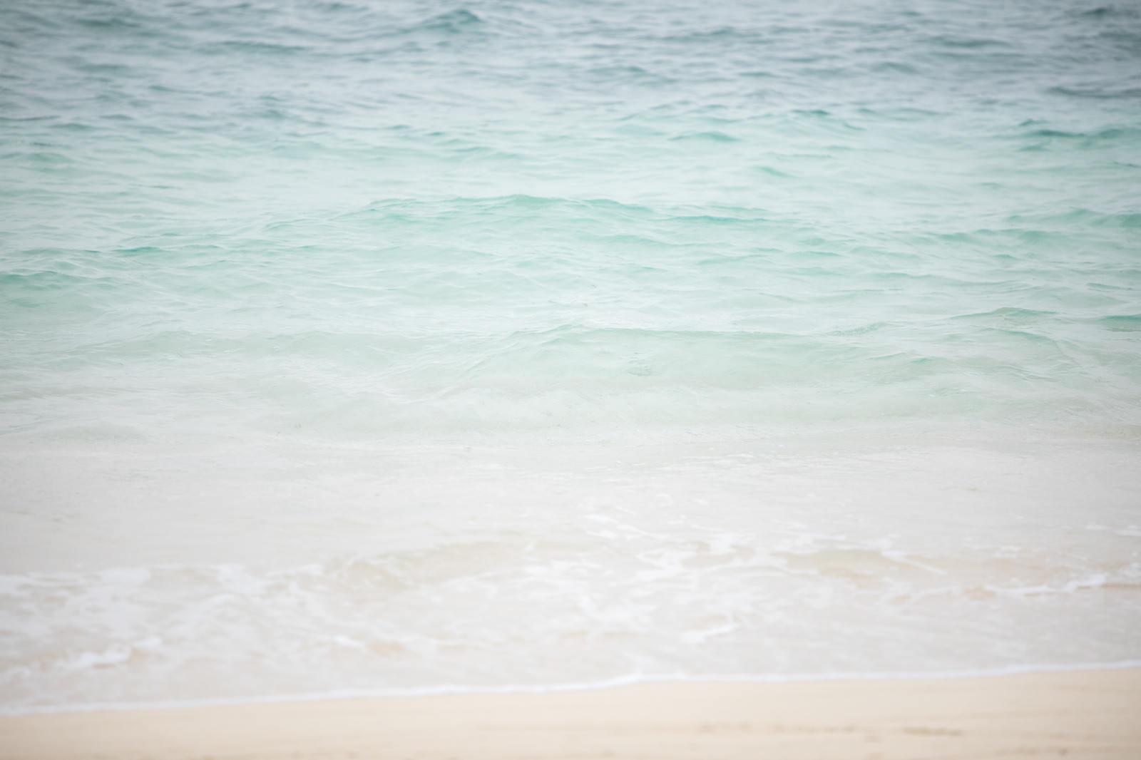 「波打ち際(宮古島の海)」の写真