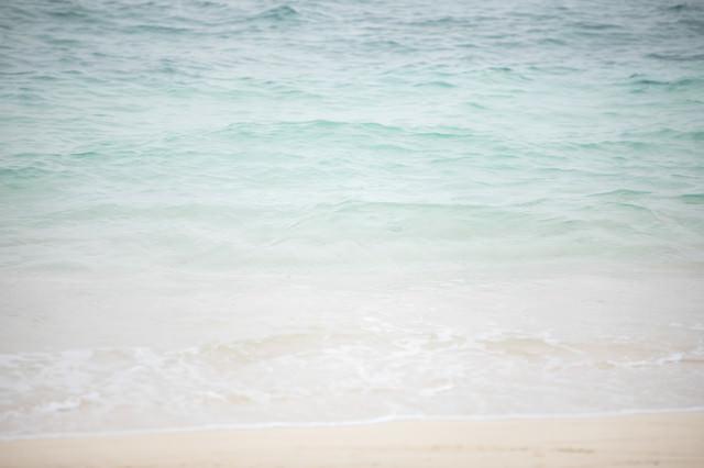 波打ち際(宮古島の海)の写真