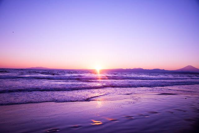 静かに日が昇るの写真