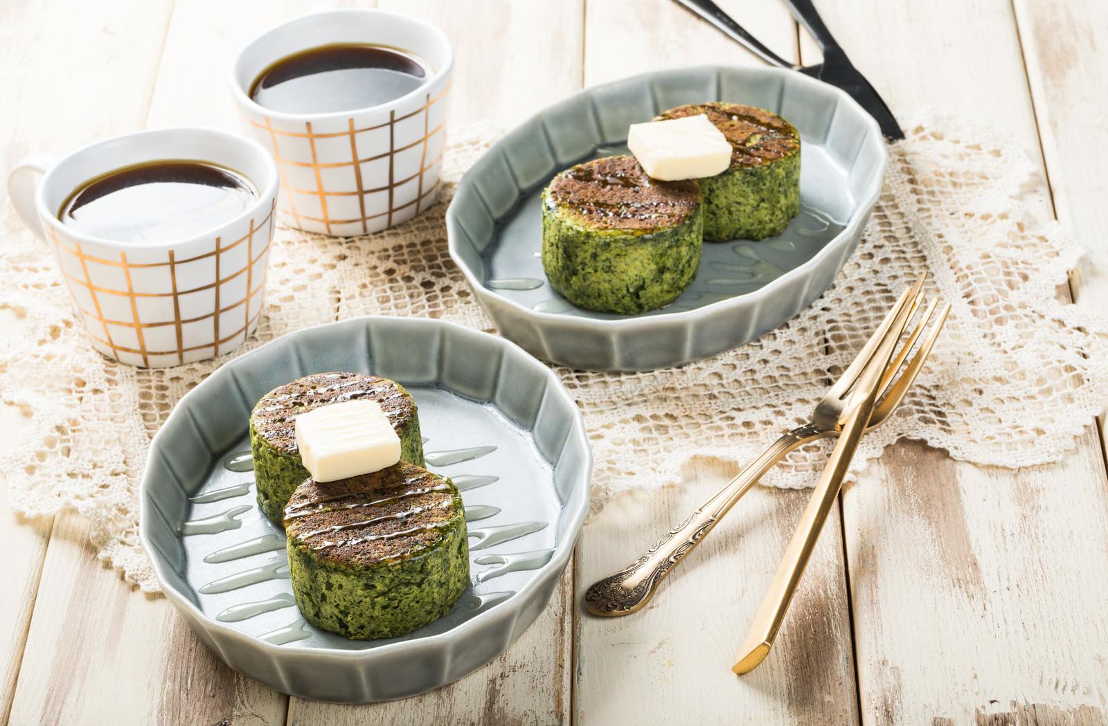 「ほうれん草のベジパンケーキ(グルテンフリー)ほうれん草のベジパンケーキ(グルテンフリー)」のフリー写真素材を拡大