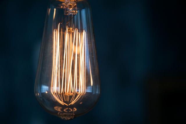 古きレトロな電球の写真