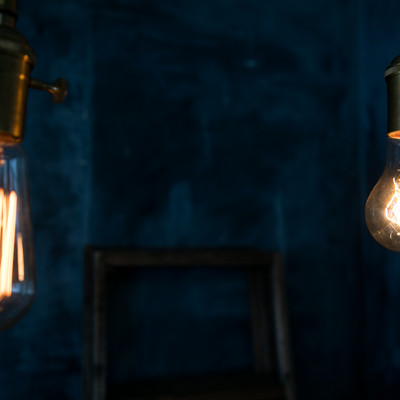 「レトロな白熱電球」の写真素材