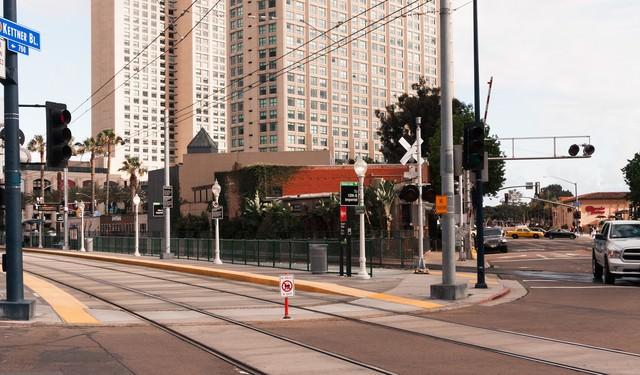 サンディエゴ・トロリーの停車場の写真