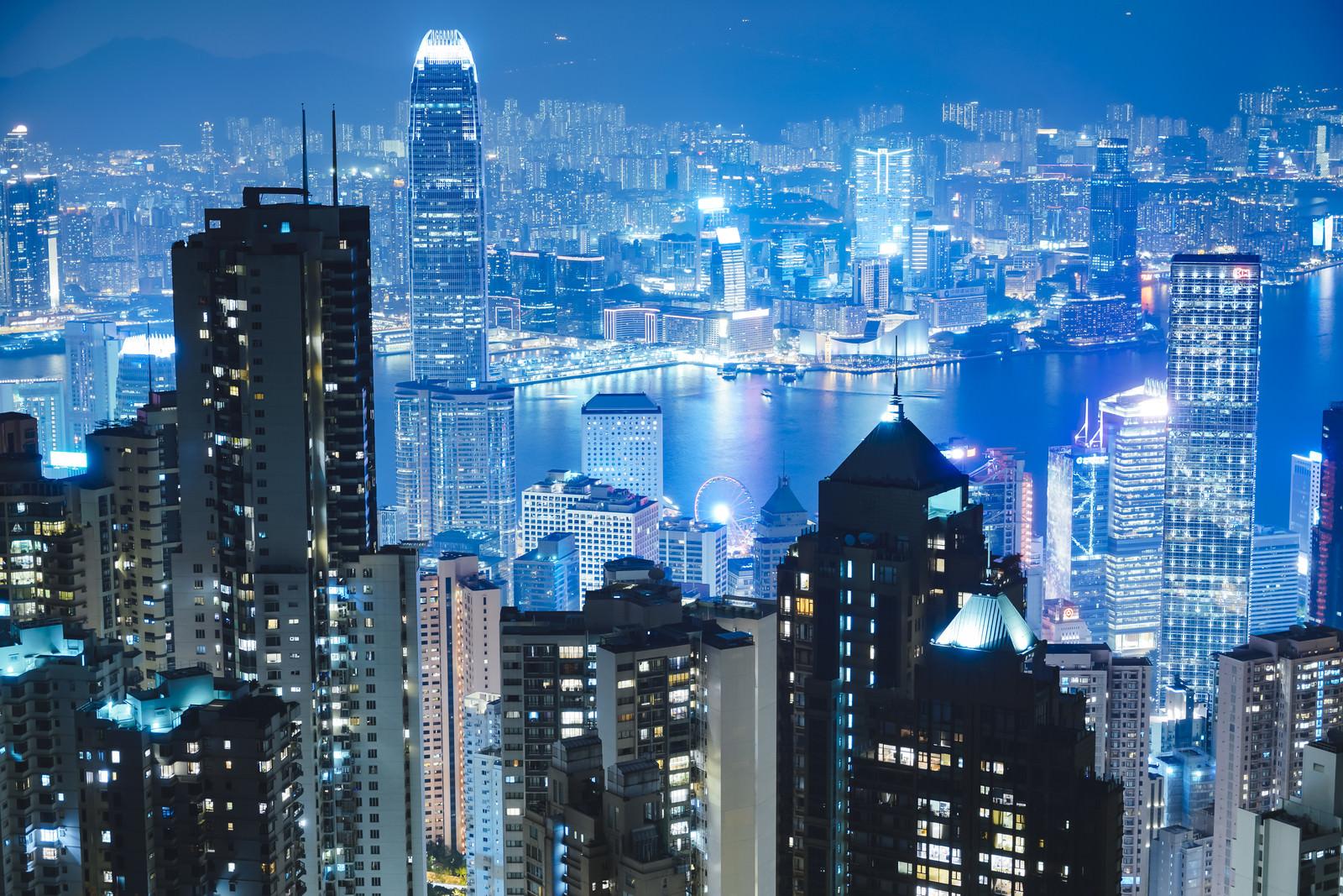 「香港島の山頂から見える夜景」の写真