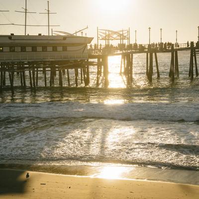 「日が落ちたレドンドビーチのキングハーバー」の写真素材