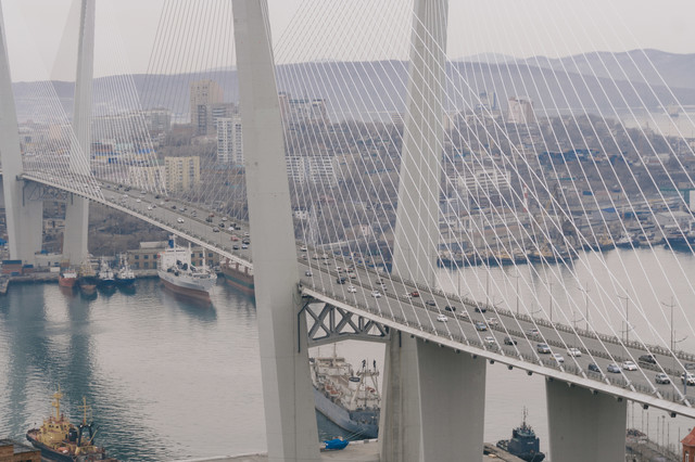 ウラジオストクの黄金橋の写真