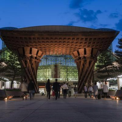「金沢駅「鼓門」」の写真素材