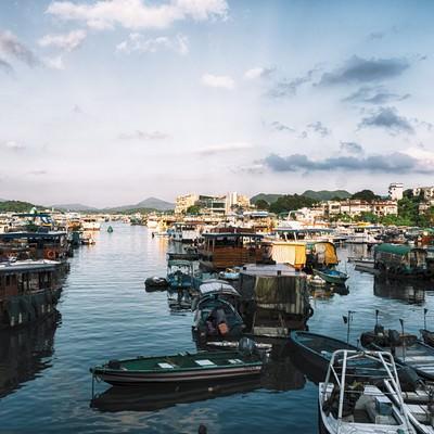 西貢(サイゴン)の港沿いのフリー素材