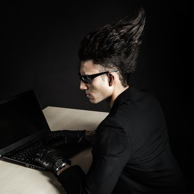 「 PCが落ちても、脳内のエディタでプログラミングを続ける凄腕エンジニア」の写真素材