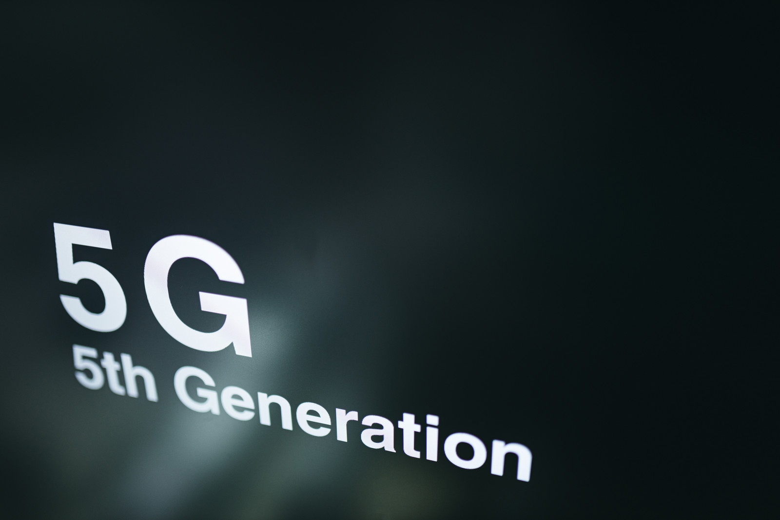 5Gのスゴさ(第5世代移動通信システム)のフリー素材
