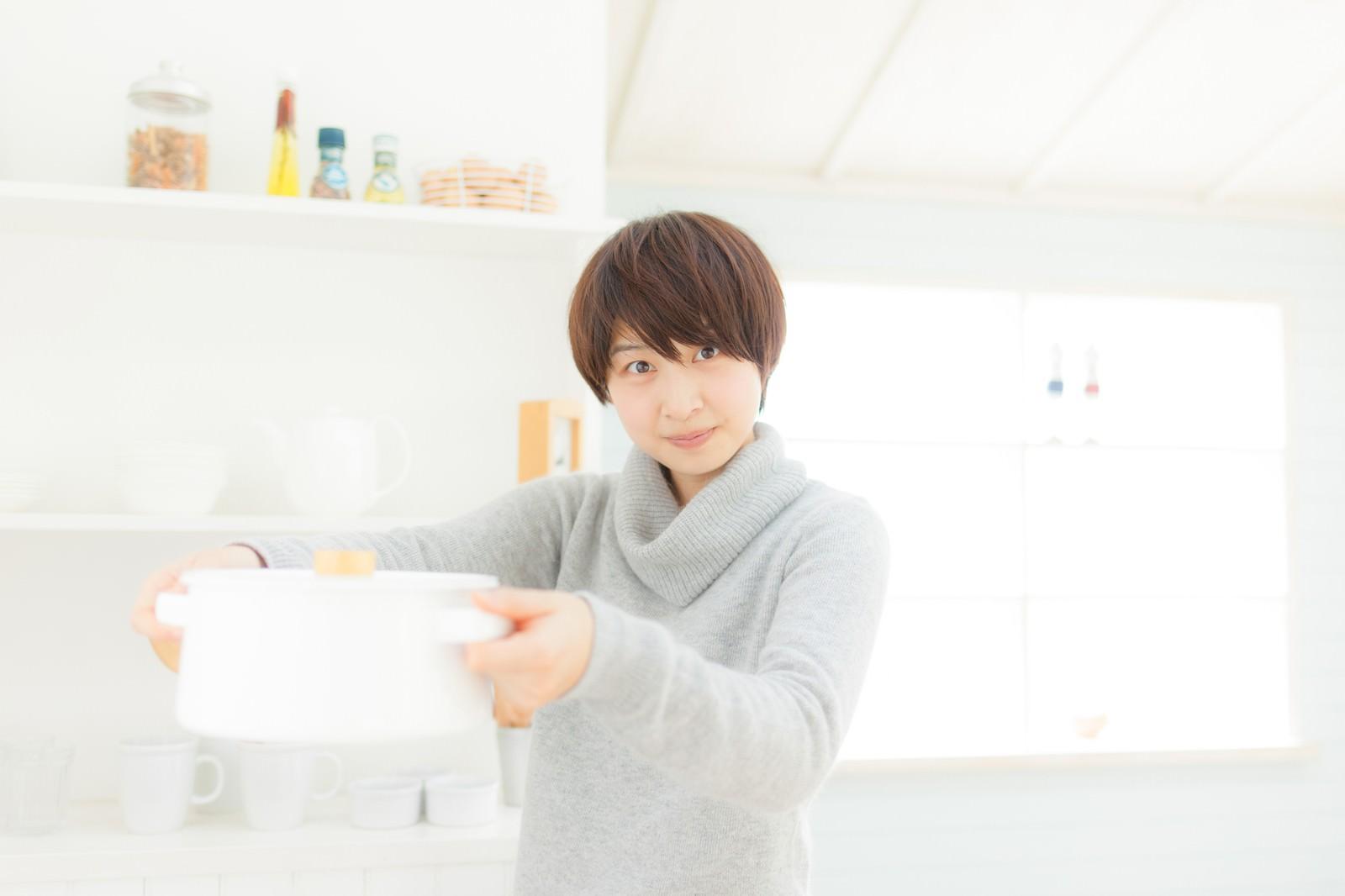 「料理上手な嫁」の写真[モデル:八木彩香]