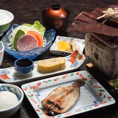 「朝食の品数が多い料理宿「栄太郎」は満足度が高い」の写真素材