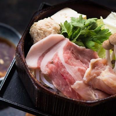 「栄太郎のさっぱりと食す豚肉と鶏団子のせいろ蒸し」の写真素材