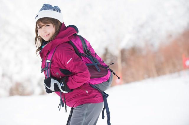 「お探しの雪山美女は見つかりませんでした。」のフリー写真素材
