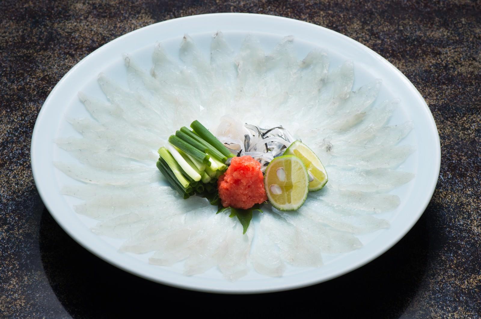 「栄太郎冬の味覚である飛騨ふぐのテッサ | 写真の無料素材・フリー素材 - ぱくたそ」の写真