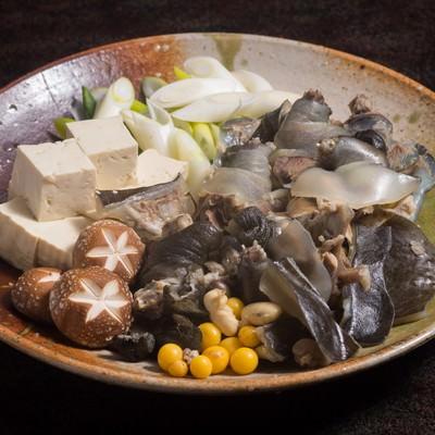 「ぷりぷりのスッポン鍋の具材(提供:平湯温泉の長瀬スッポン養殖場)」の写真素材