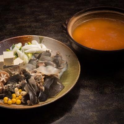 「料理宿栄太郎のすっぽん鍋(提供:平湯温泉の長瀬スッポン養殖場)」の写真素材