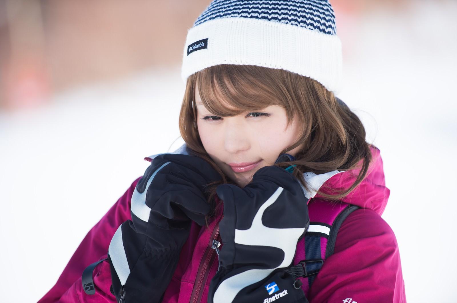 「氷点下10度の寒さから守るウェア」の写真[モデル:茜さや]