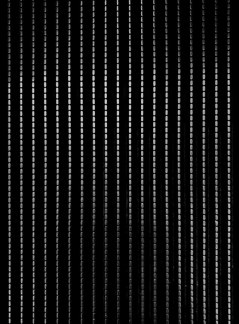 「ステンレス鋼鉄の点線(テクスチャ)」の写真